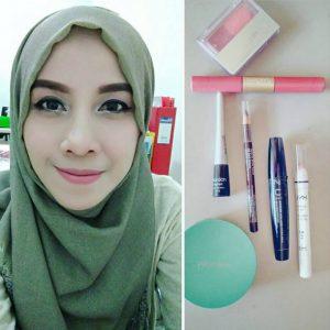 makeup muslimah wisuda