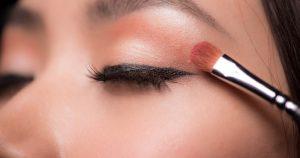 cara memakai eyeshadow untuk pemula