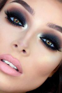 smokey eyes makeup1